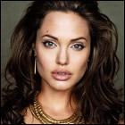 Życiorys Angelina Jolie