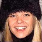 Życiorys Julie McCullough